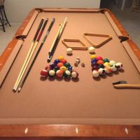 Pool Table 7' in Excellent Conditions